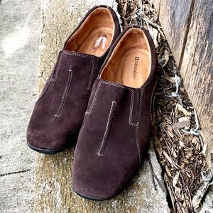 NWOT Naturalizer Brown Suede Loafers Wom Sz 11